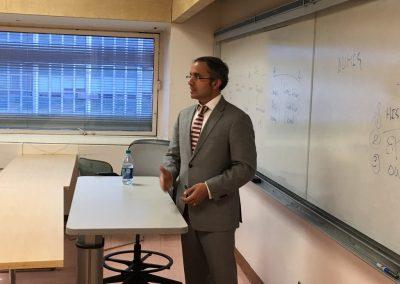 CEO Teaching Entrepreneurship to College Kids 3